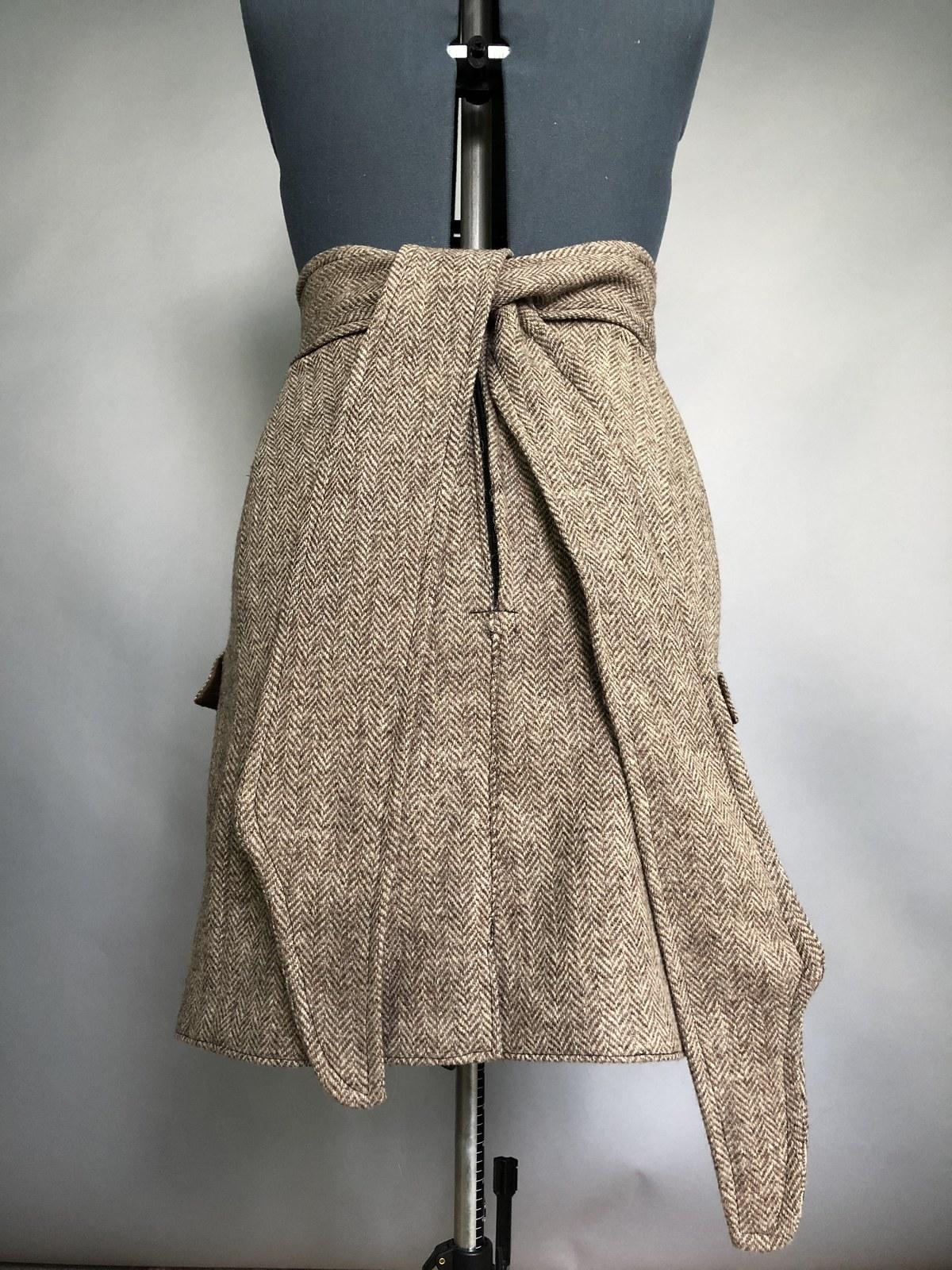 jacket skirt back.jpg