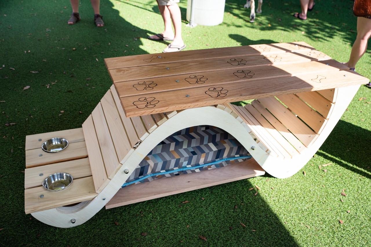 bark-bench_32580234127_o.jpg