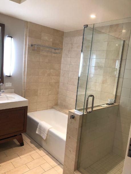Lovely bathrooms at the Westin Hapuna Beach Resort