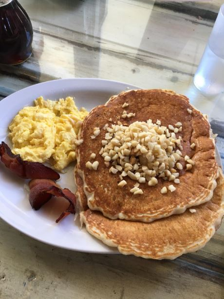 Banana macadamia nut pancakes at Island Lava Java Cafe — YUM