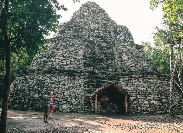 cancun mayan ruins pyramid
