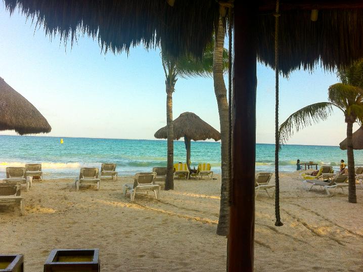 beaches in cancun mexico