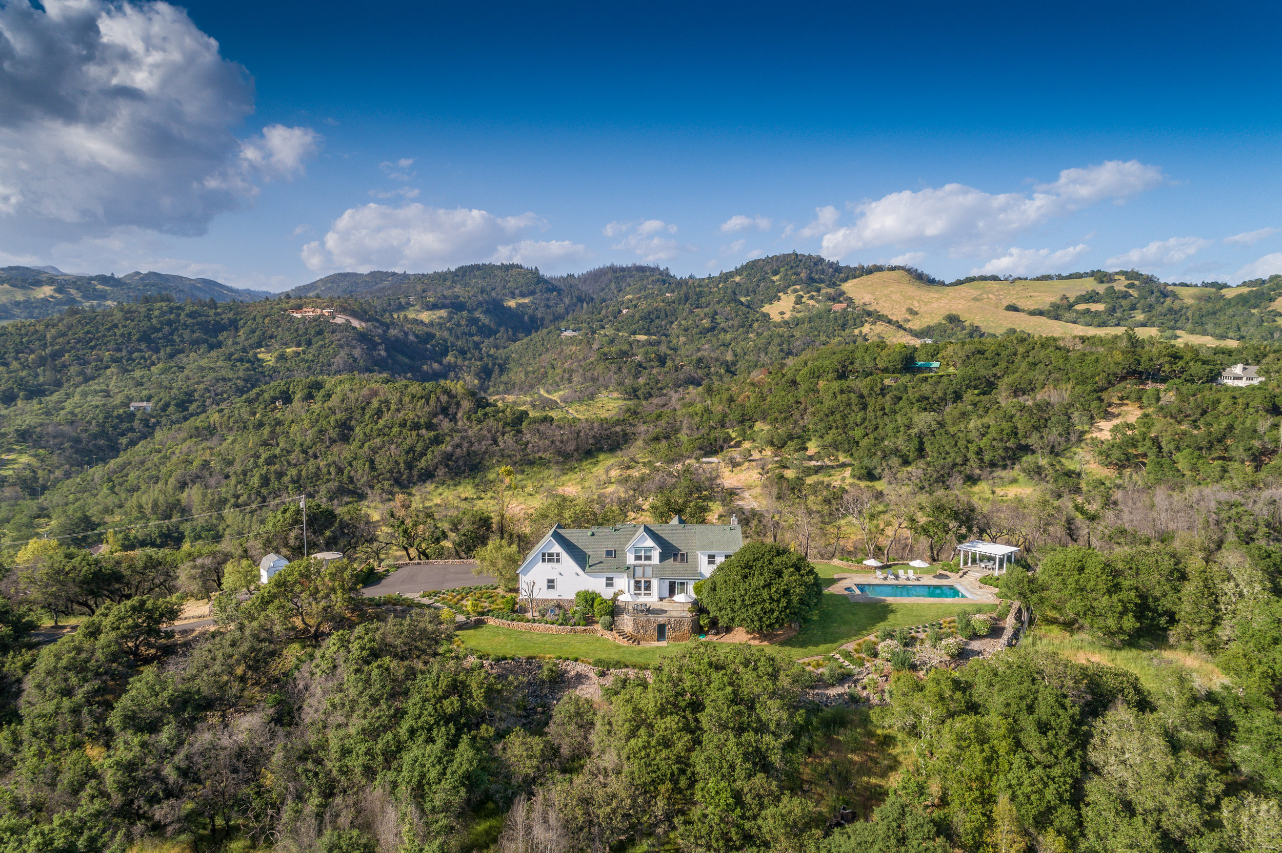 3057 Lovall Valley Rd-384-HDR-Edit HR.jpg