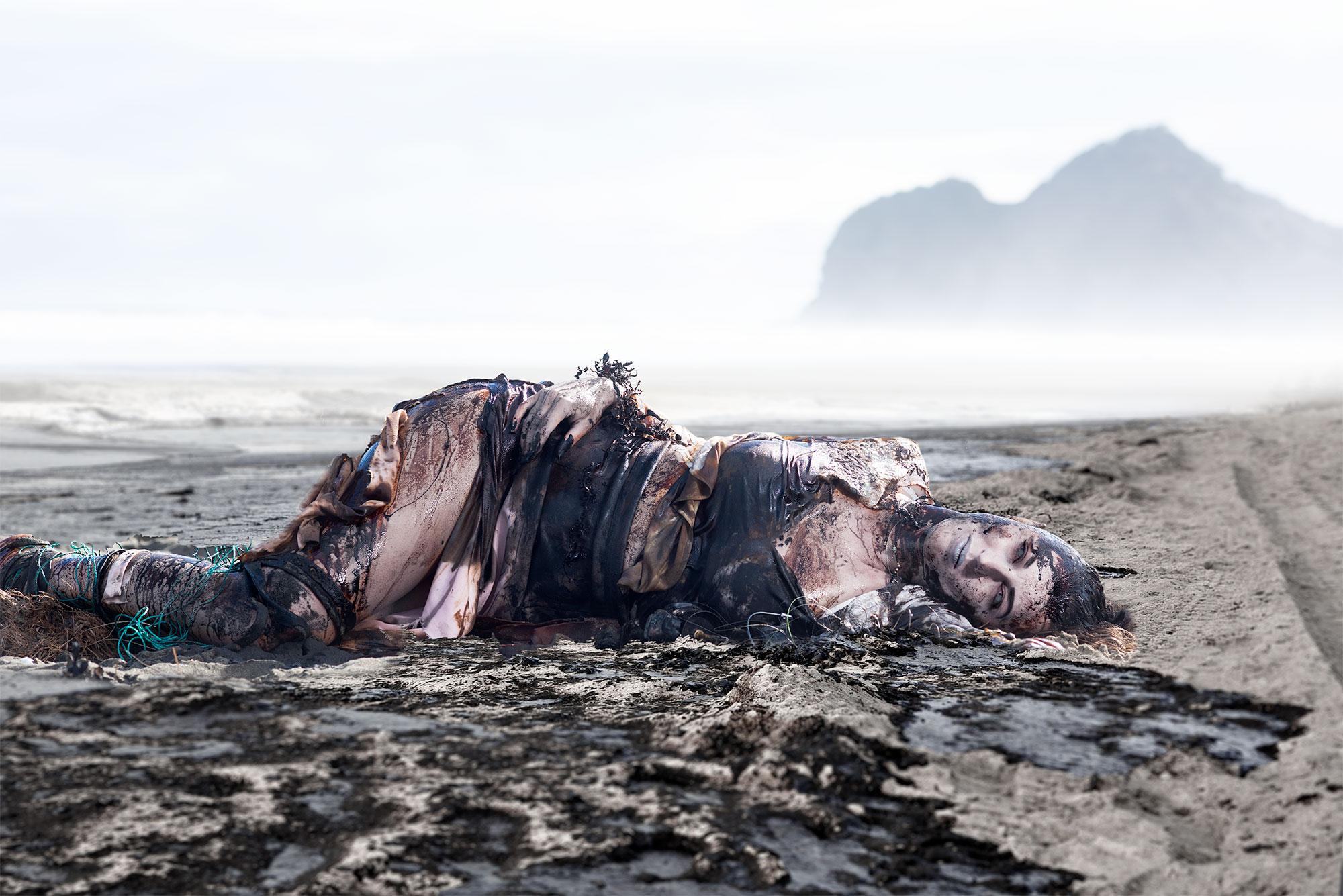 Melissa-Nickerson-Oil-Spill-working-edit_8605-154.jpg