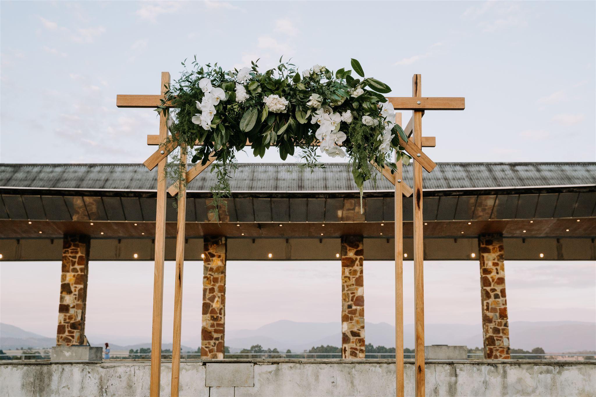 Byron-and-Courtney-Yering-Station-Wedding-0810_websize.jpg