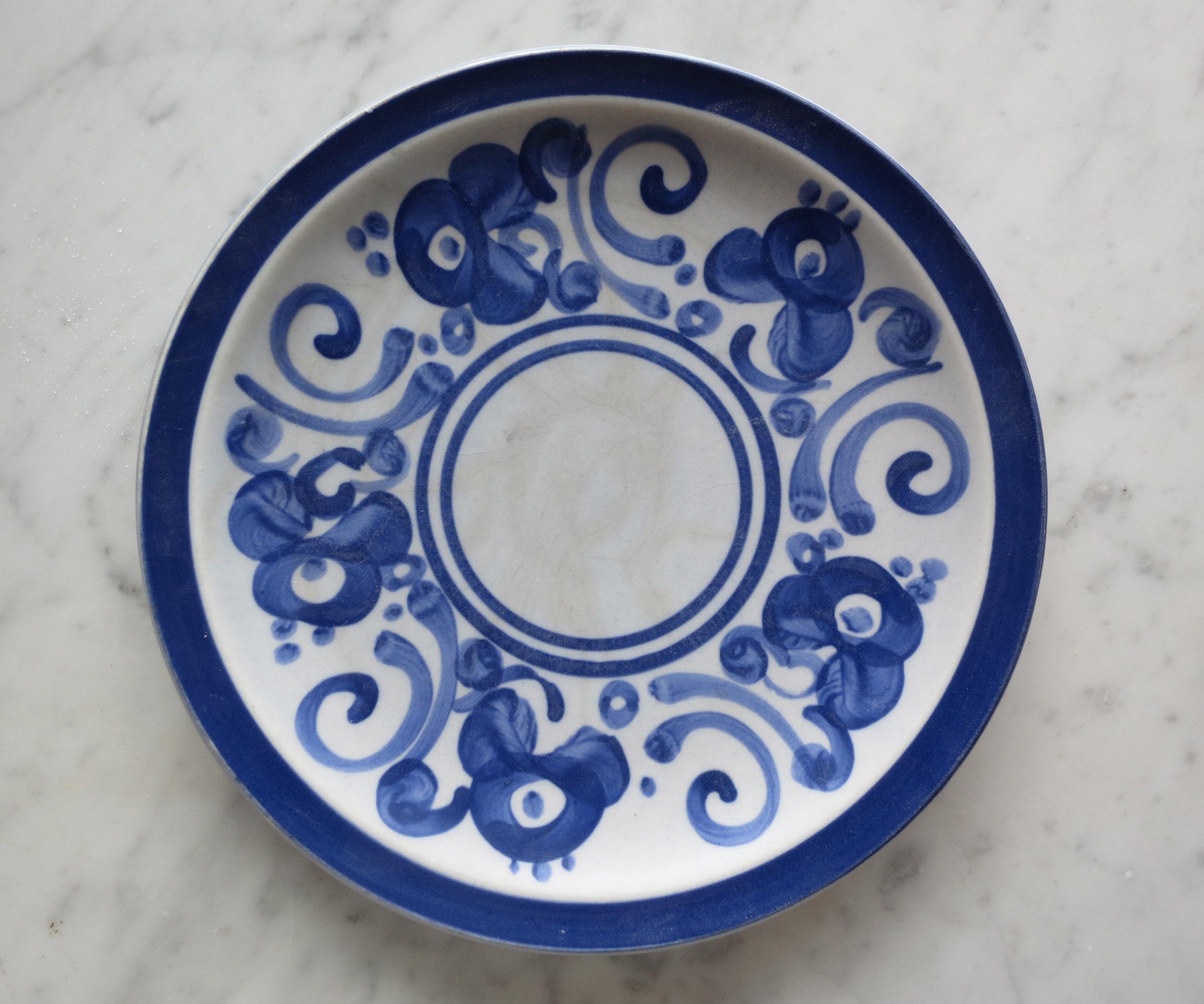 An original Lapid's Arabesque plate