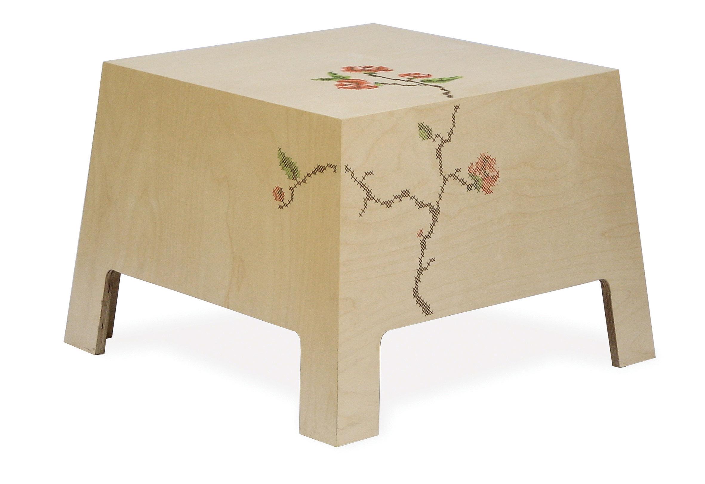 x table03.jpg