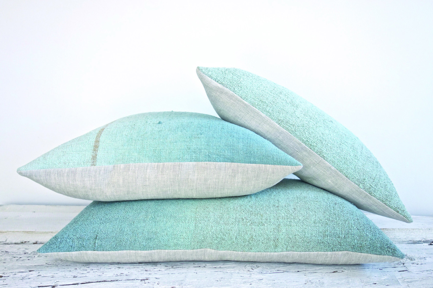 espanyolet_vintage_linen_Blue_pillows_cushions_copy.jpg