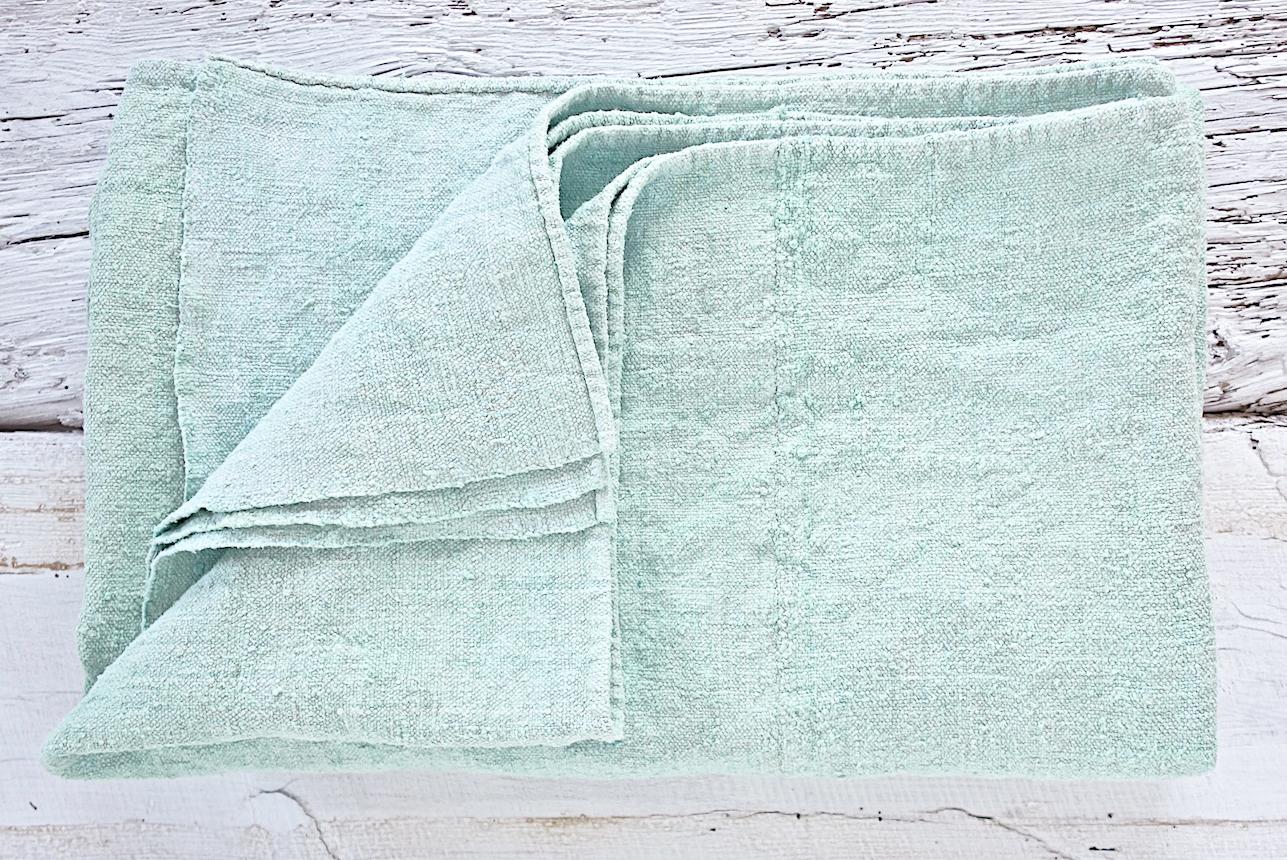 espanyolet_vintage_linen_seawashed_blanket_folded.jpg