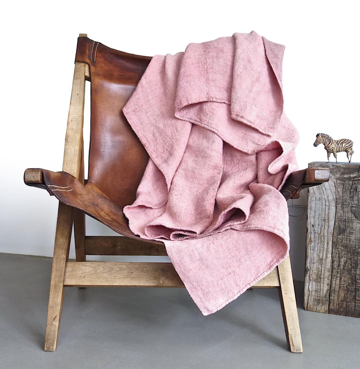 espanyolet_pink_hemp_blanket_custom_hand_painted.jpg