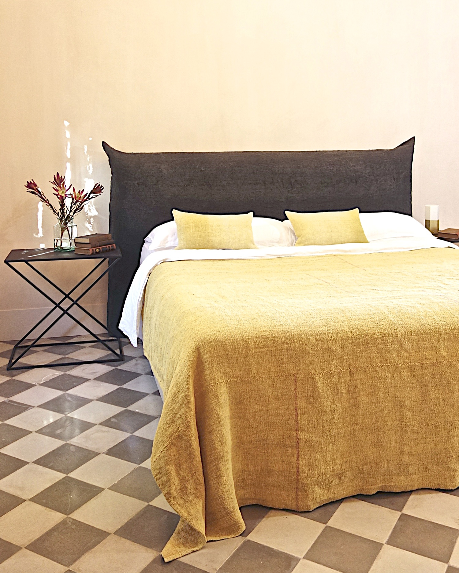 espanyolet_bedding_bedcover_quilt_vintage_linen.jpg