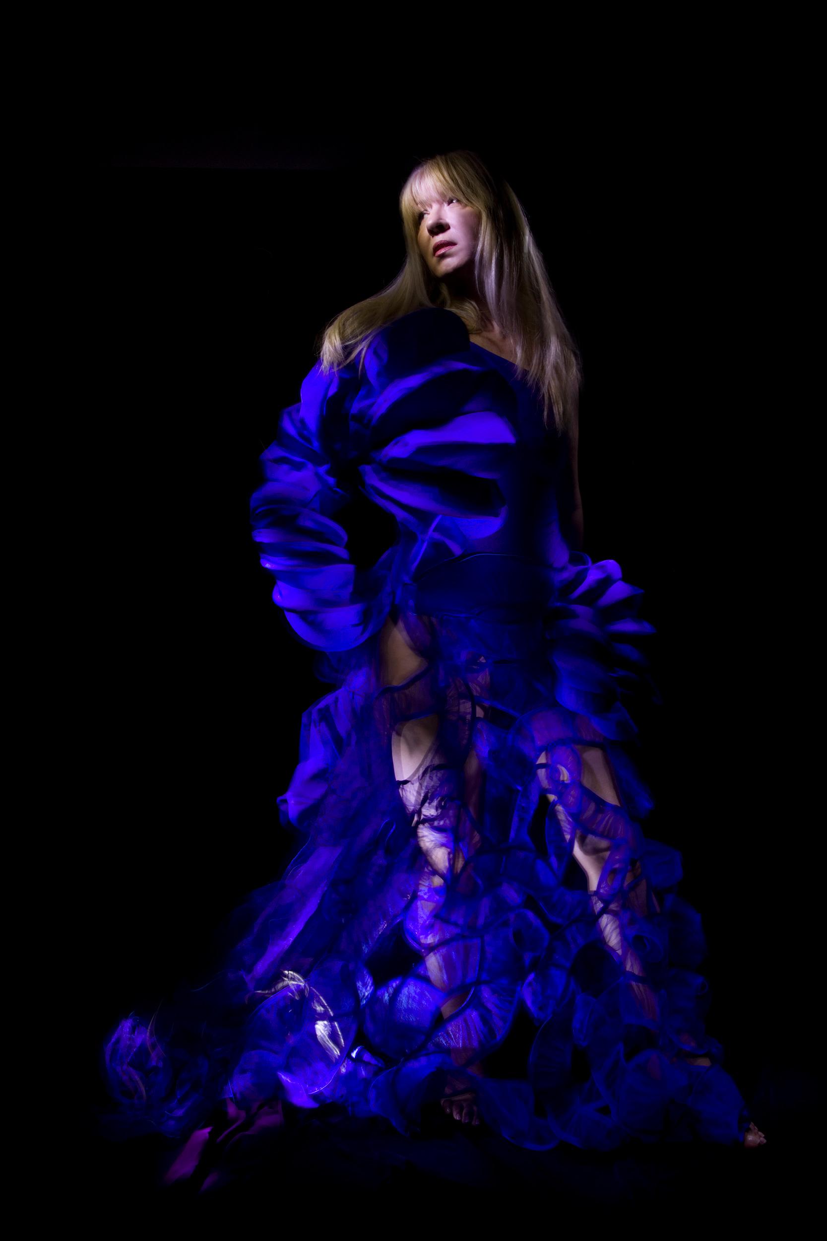 fashion_lightpainting_photography_by_Catalin_Anastase_MG_9870.jpg