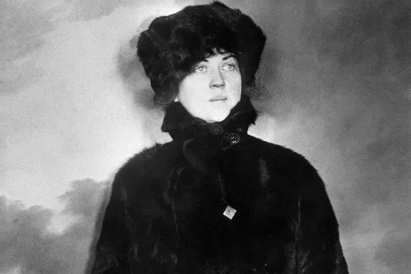 Kollontai with hat and cloak.jpeg