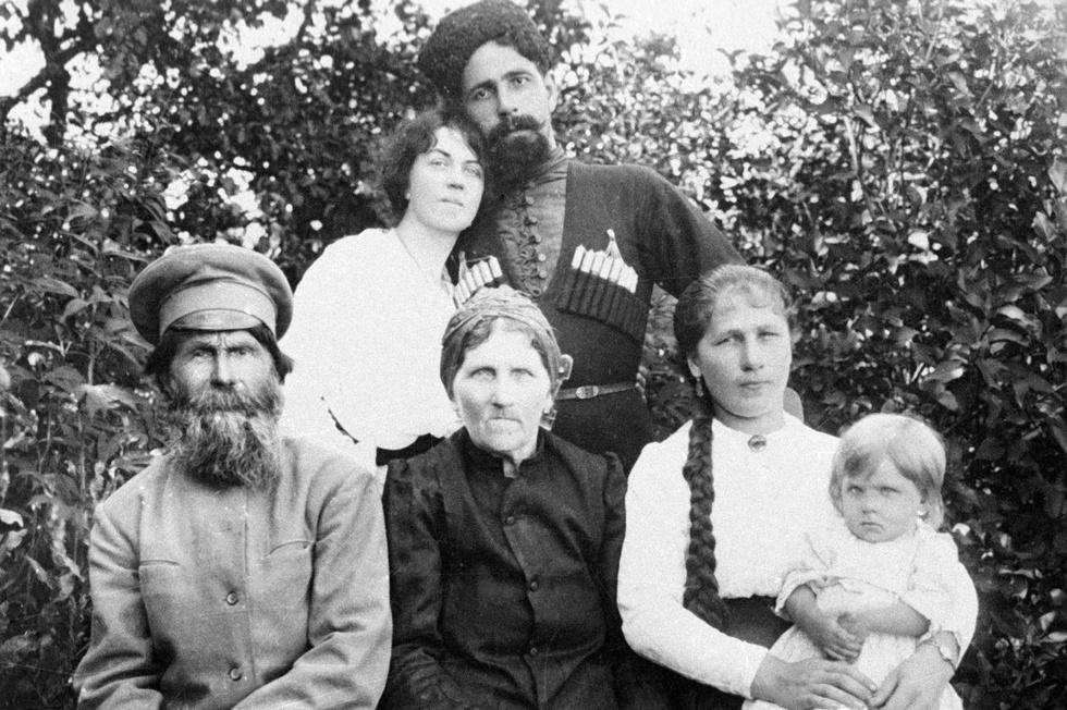 Alexandra Kollontai with Pavel Dubenko and his family