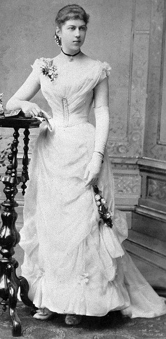 Kollontai as a young woman