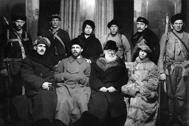 Kollontai (front right) with other heroes of the Bolshevik Revolution