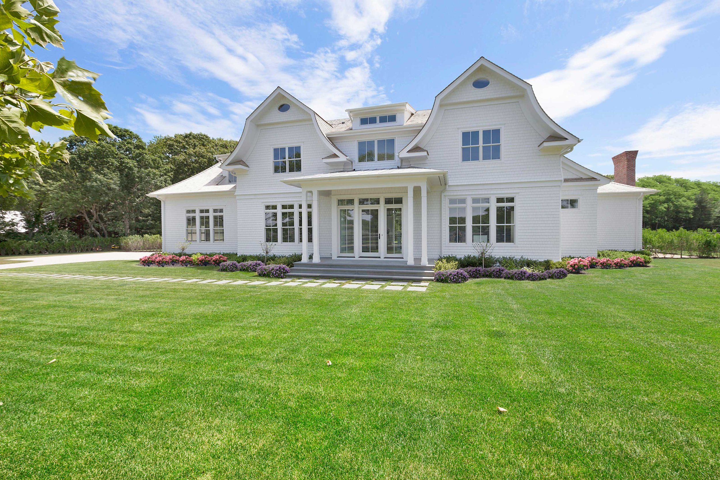 EDGE OF WOODS - IN CONTRACT