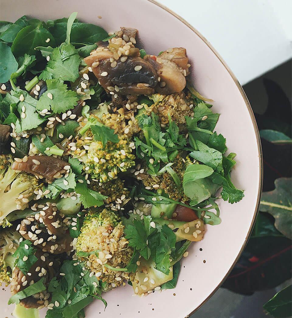 ginger broccoli & mushroom stir fry -