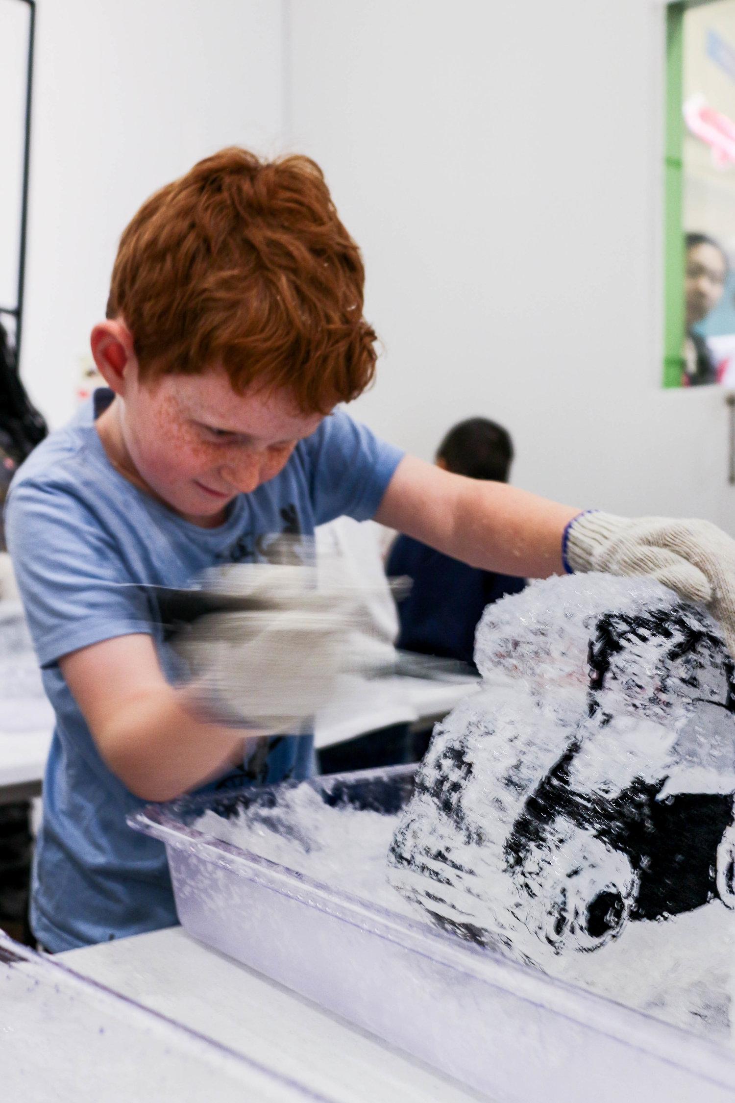 20180224_Action_Shot_Childrens_Museum_Workshop_Demonstration_17692.jpg