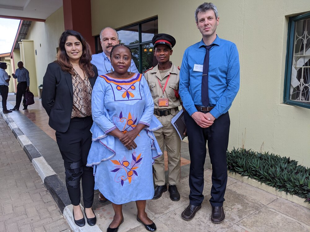 Photo 5: Naysa Ahuja (World Bank), Gerardo Segura Warnholtz (World Bank), HRH Chieftainess Msoro and associate, Logan Sander (Global Land Alliance)