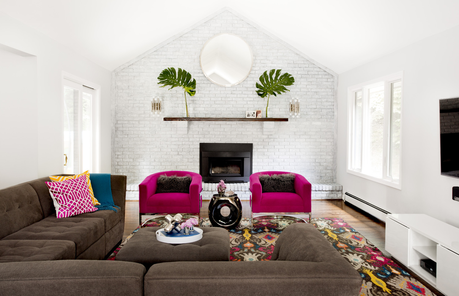 Dering Hall Eye Catching Rooms With High Contrast
