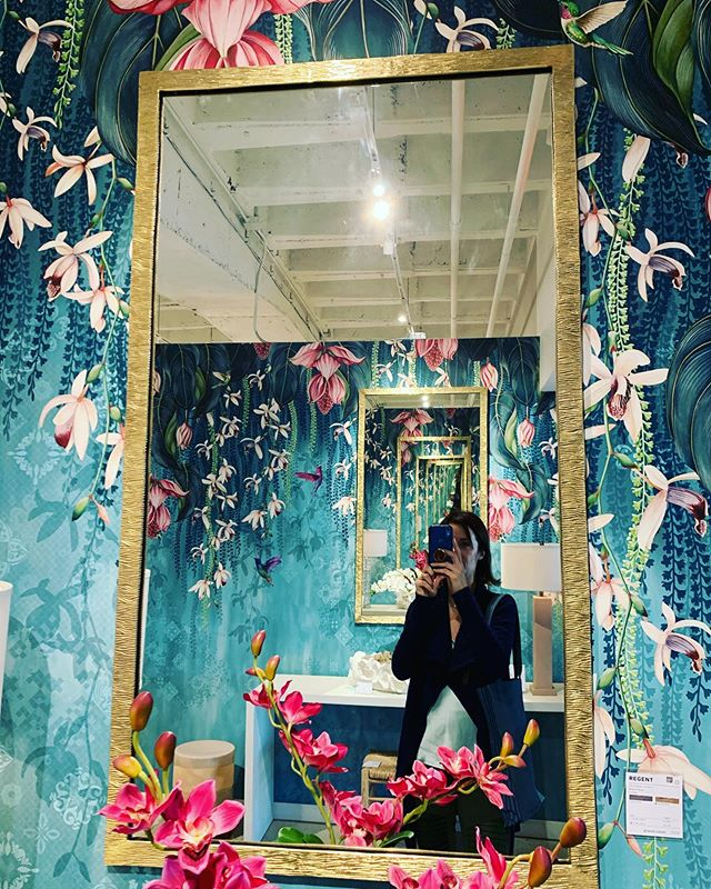 Addicted to mirrors? 🙋🏻♀️ @highpointmarket delivers the goods!!! I don't know why.... but I can't get enough! #more #mirror #collection #obsessed