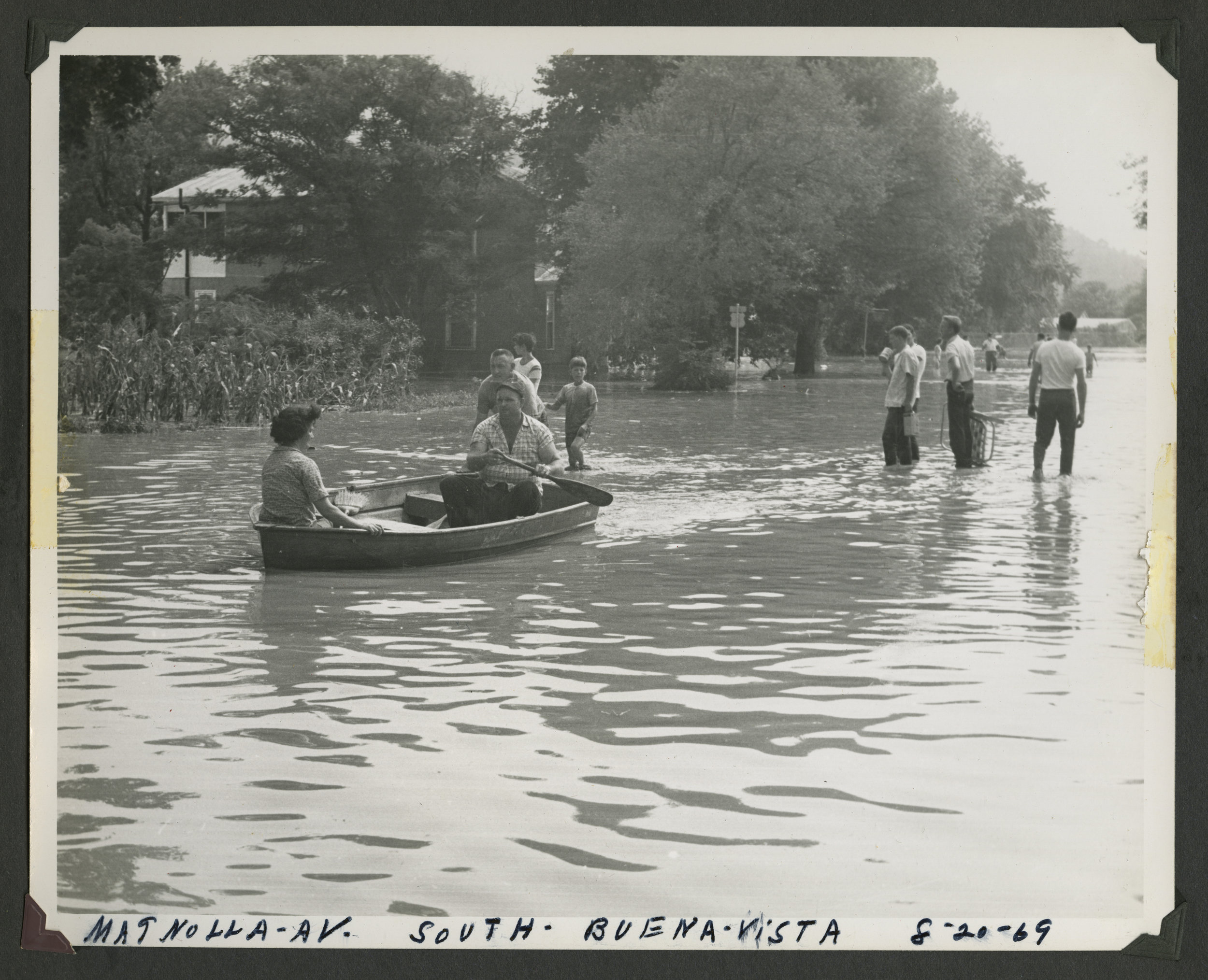 Cleanup after the 1969 flood (Courtesy of Washington and Lee archives)