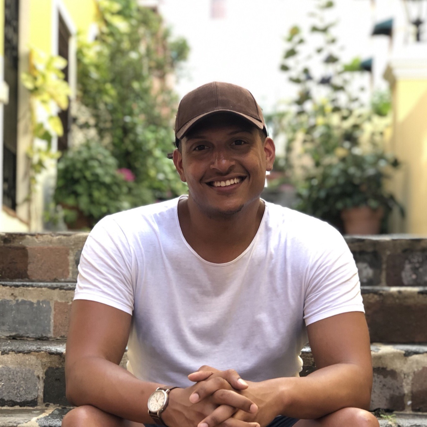 Terrence  Lomax   Brand and Vlog Marketing Strategist