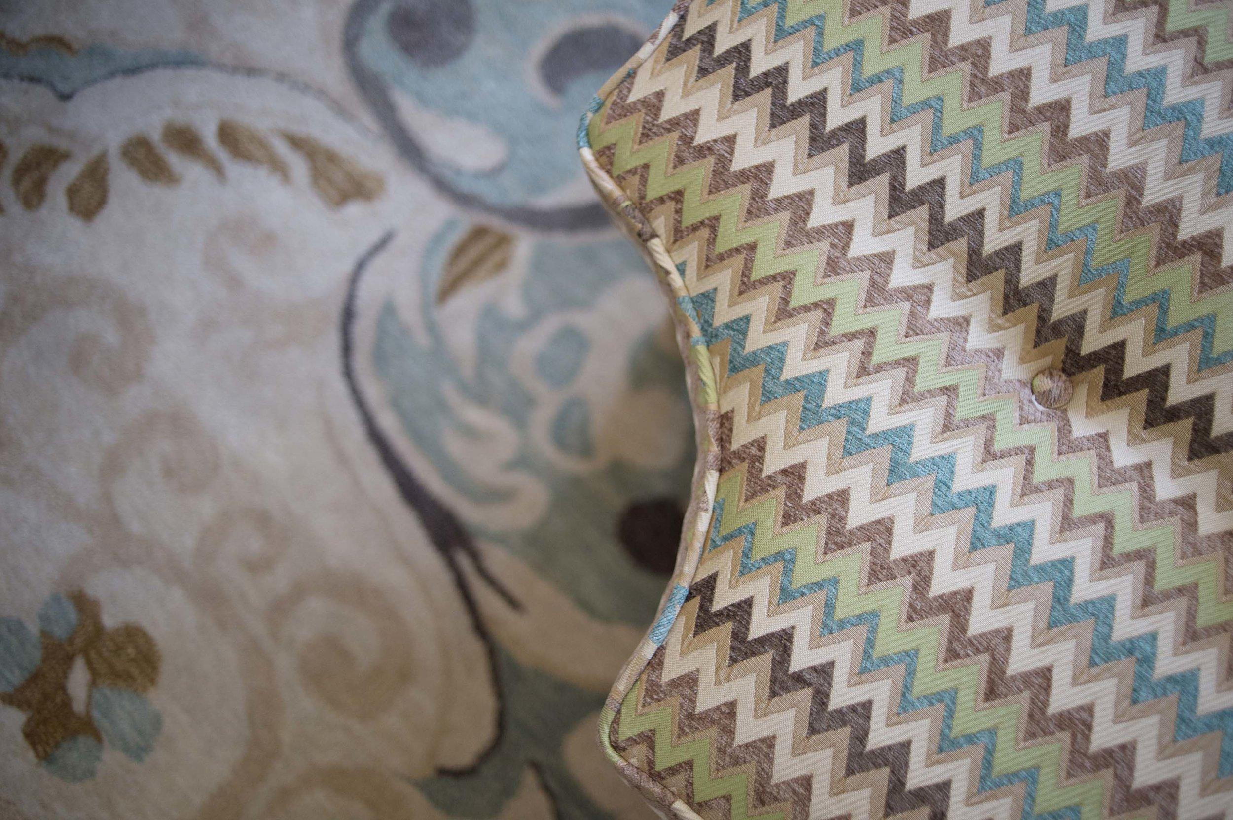 Ottoman edge with colorful zigzag design