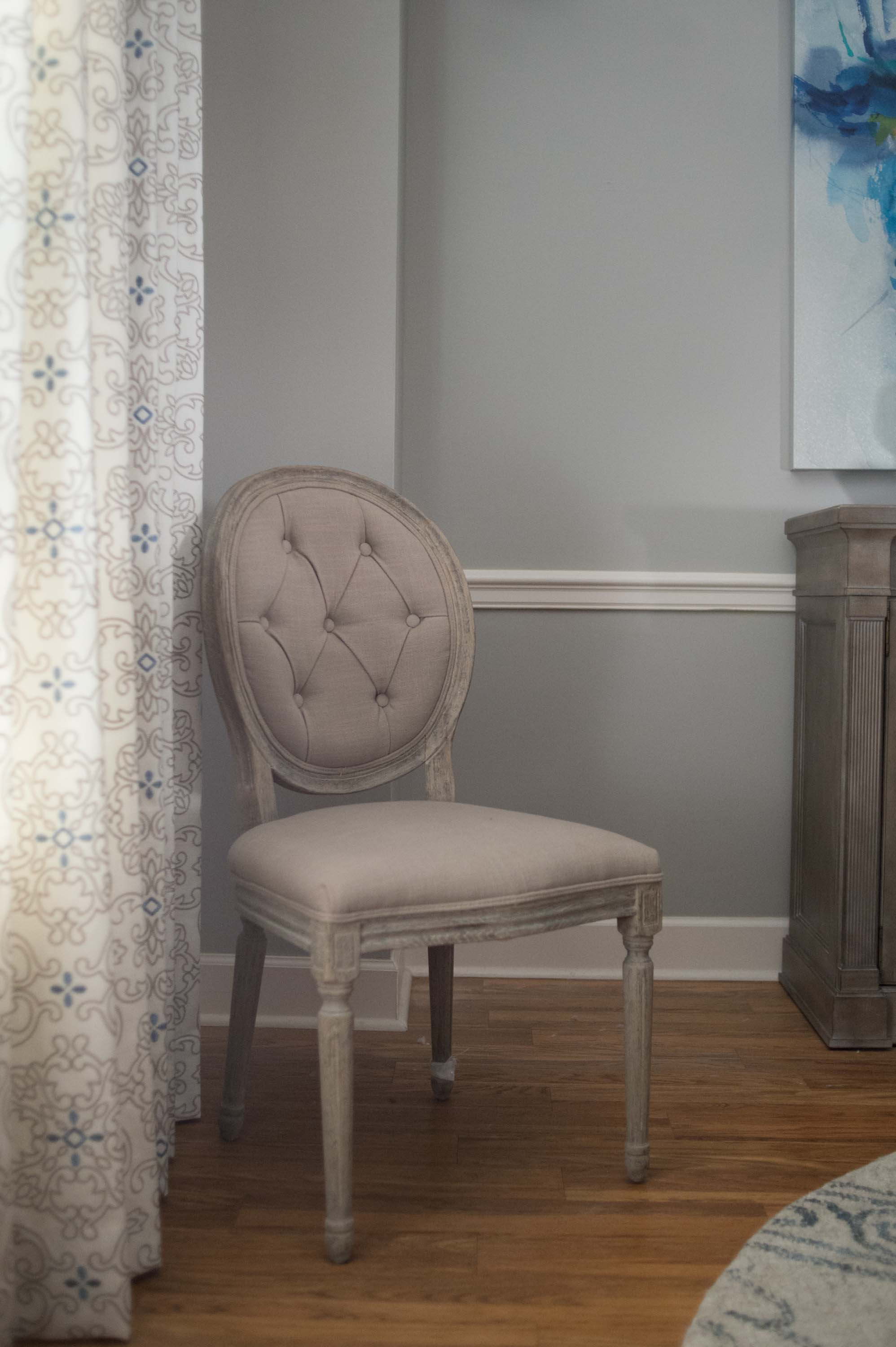 Dining Room Chair with Panels,  Hardwood Floor & Rug