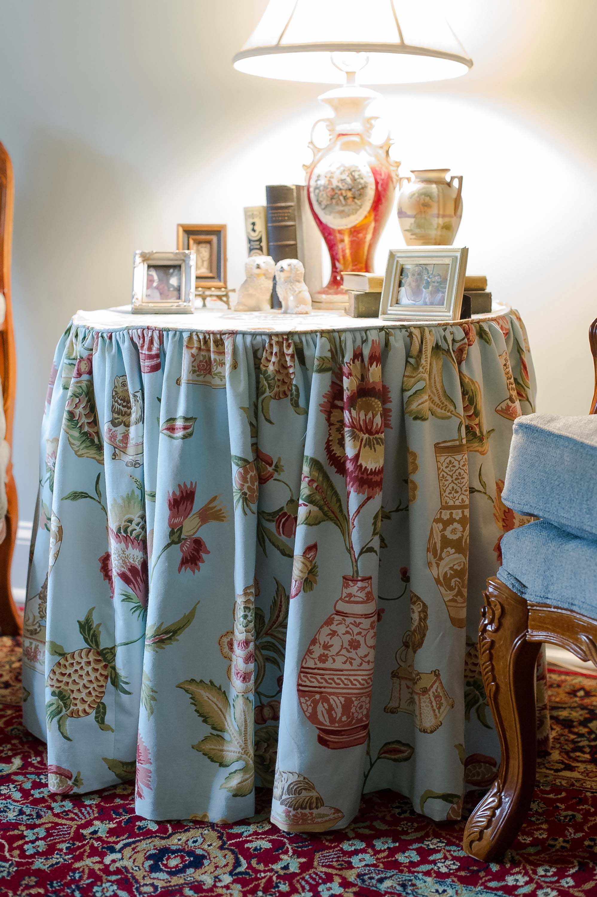 Custom Table Skirt with Accessories and Lamps