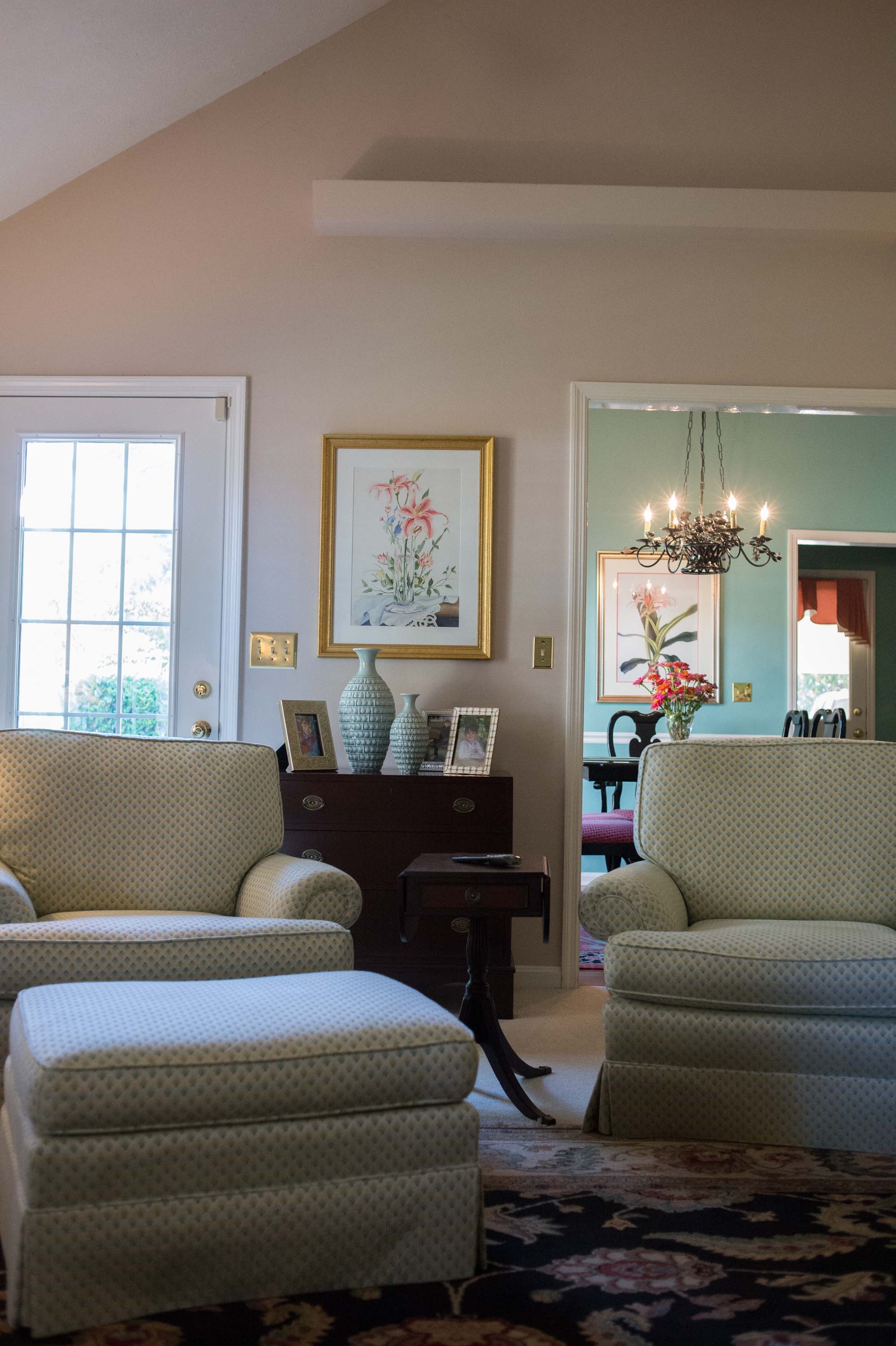 Large Custom Chair with Area Rug, Artwork & Lamp