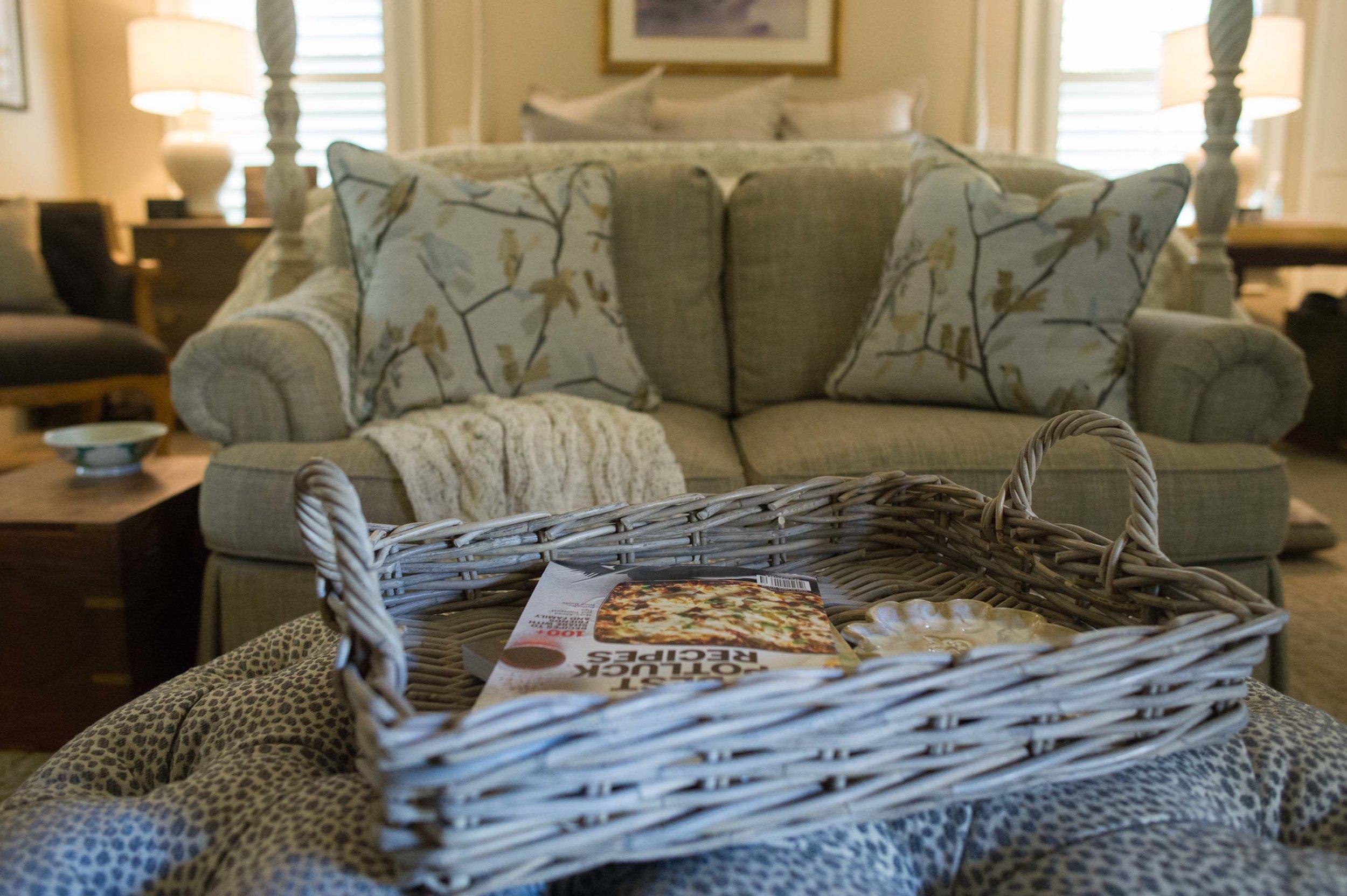 Custom Sherrill Loveseat with Norwalk Pillows and Basket