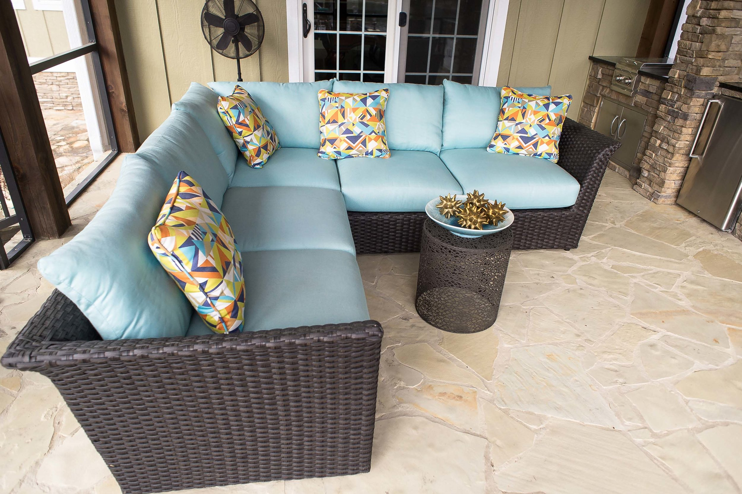 LLoyd Flanders Outdoor Furniture with Elaine Smith Pillows