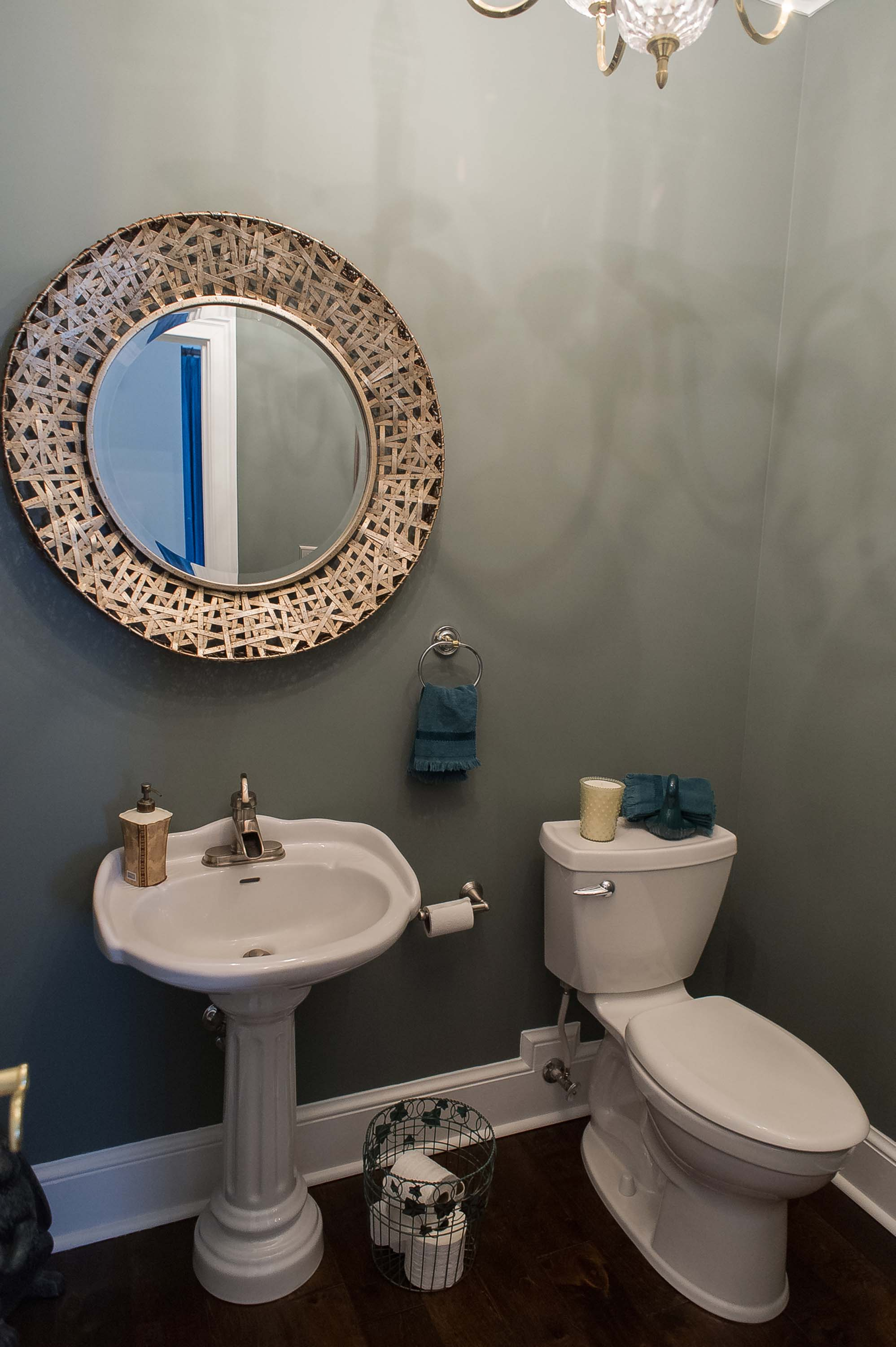 Round Mirror in Guest Bath