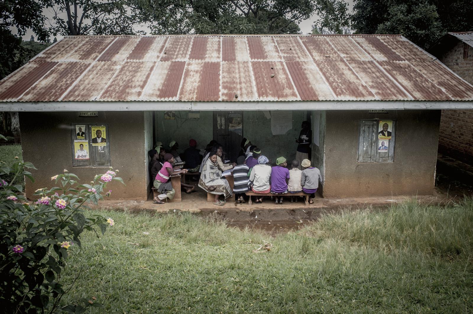 2015-11 Uganda 4.Kadafrica 03.jpg