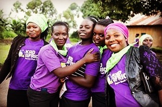It's Menstrual Hygiene Day!  84% of rural girls in Uganda are unable to sufficiently access or afford menstrual health products. 💯 percent of KadAfrica Experience girls make their own safe, reusable sanitary pads. 💡After their classes they go on to teach others in their communities how to make them. 💪🏿💥 Lack of access to safe menstrual health products should never be a barrier to girls and women reaching their full potential❣️