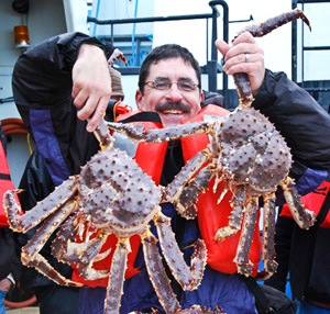 Dirk and and a couple of King Crabs 300.jpg