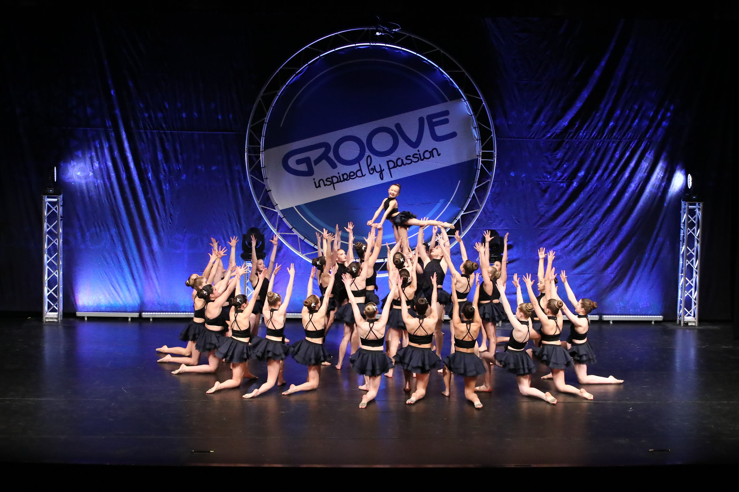 Groove 3.JPG