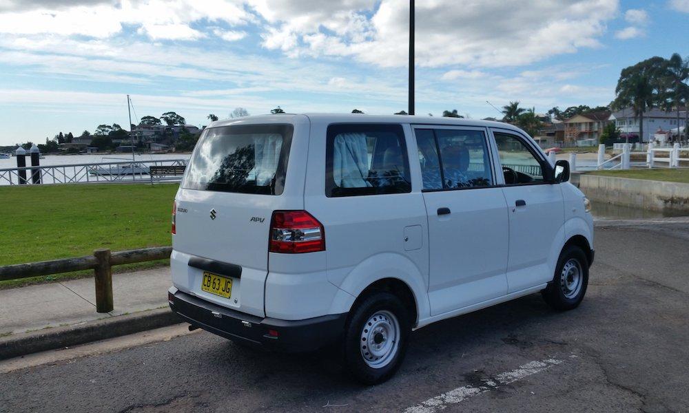 autosleepers-campervans-hire-sydney-motorhomes-hire-hightop-budget-berth-mini-camper-3.jpg