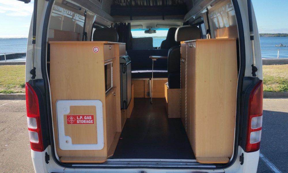 autosleepers-campervans-hire-sydney-motorhomes-hire-hightop-budget-berth-hightop-6.jpg