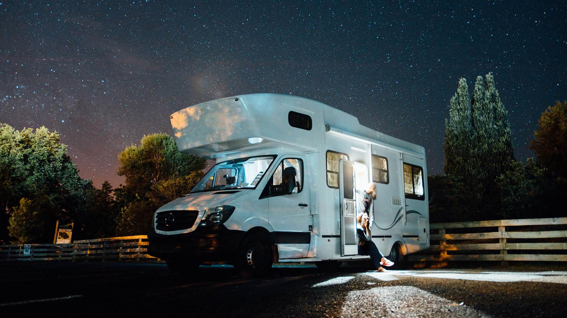 Campervan & Motorhome Hire     Book Online