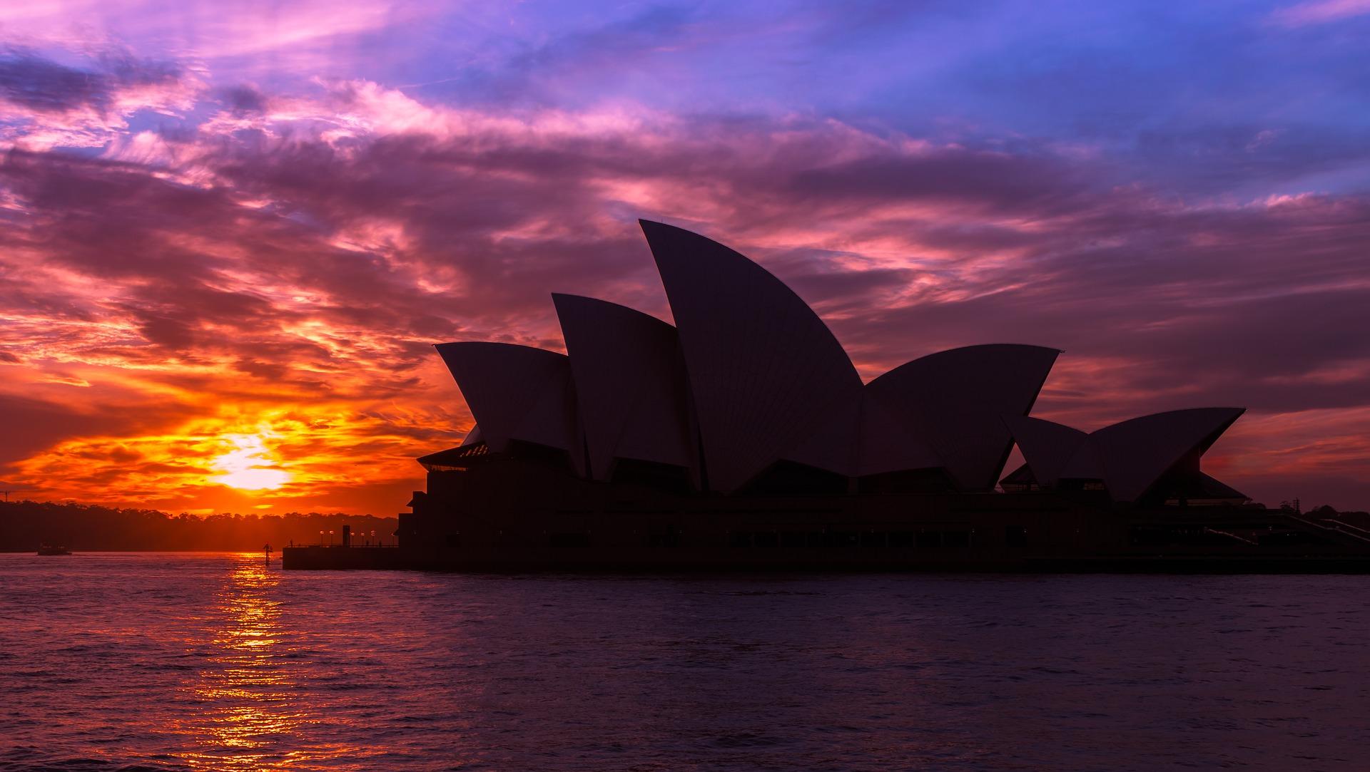 sydney_opera_house_sunset.jpg
