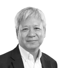Dr. Steven Myint MD PhD Independent Director - Distinguished biopharma executive, physician, business innovator and government advisor. His former roles include Global Medical Director of GSK Global and Chief Medical Officer of BTG International, and 30 other international biotechs