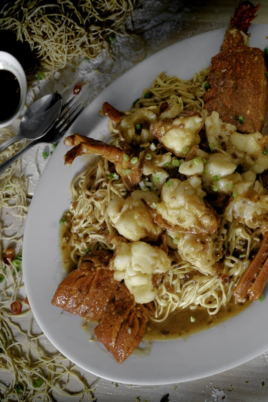 asian-wedding-banquet-fresh-lobster-xo-noodles.jpg