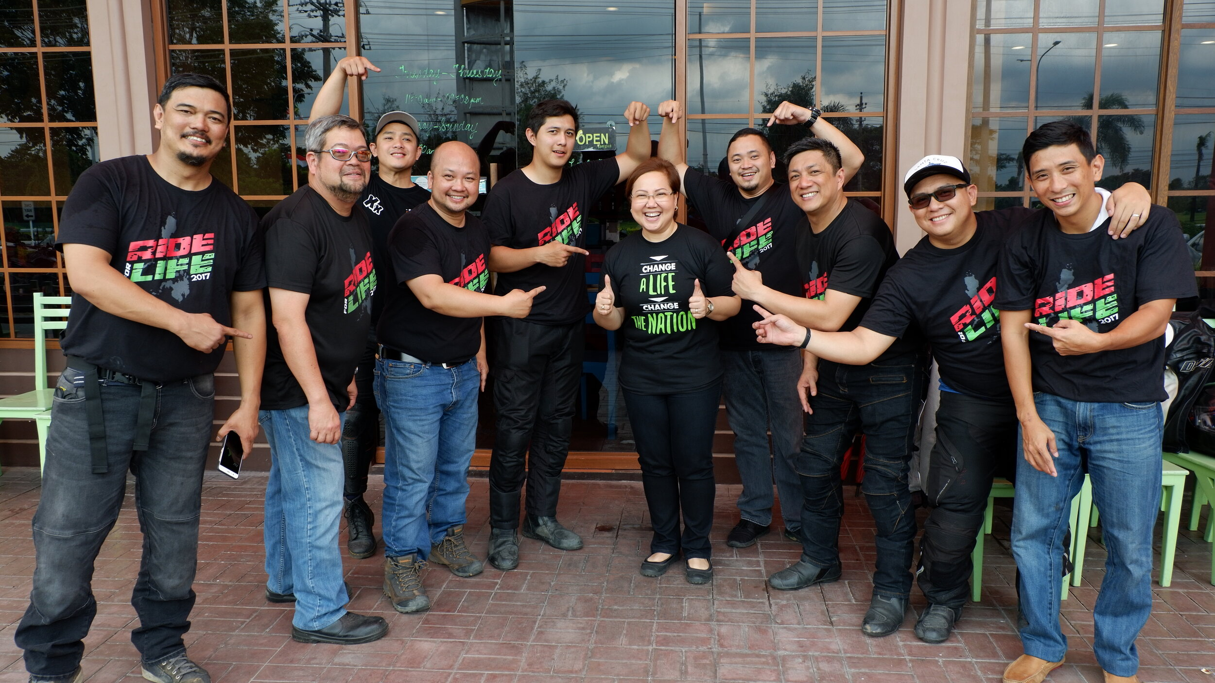 The Ride for LIFE 2017 team with Real LIFE Executive Director Mae Perez