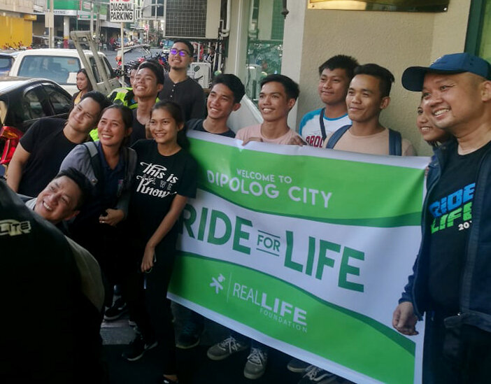 The Ride for LIFE 2018 team with our scholars from Dipolog