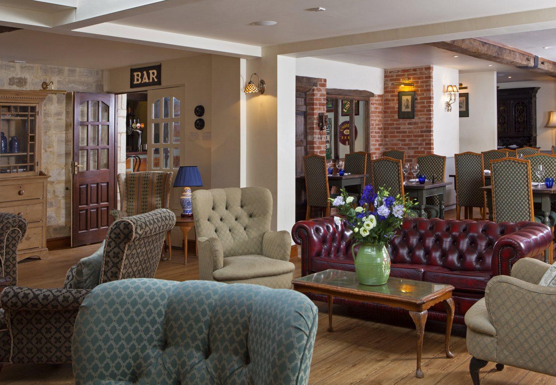 lounge+bar 2.jpg