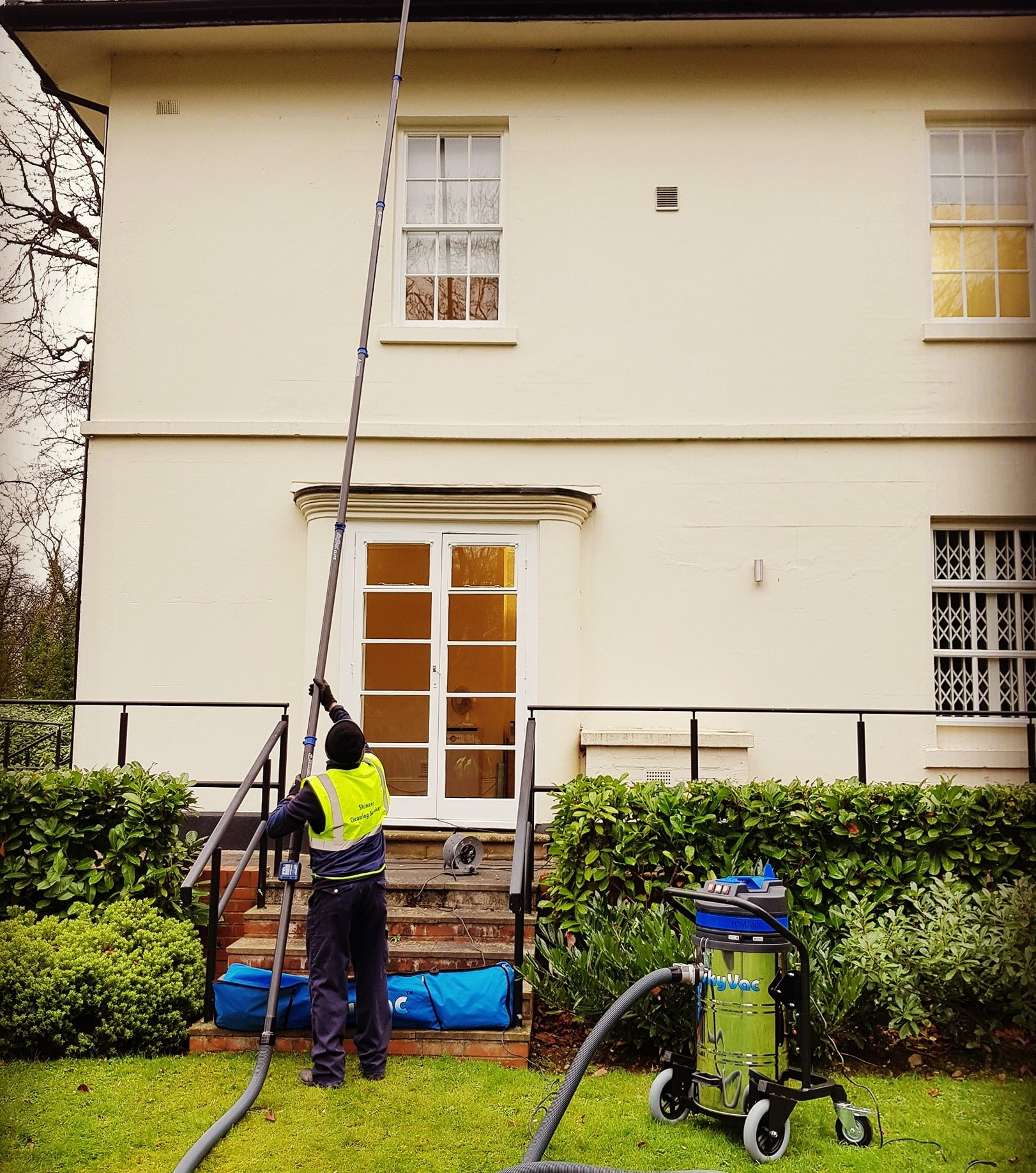 Gutter Cleaning using the SkyVac.jpg