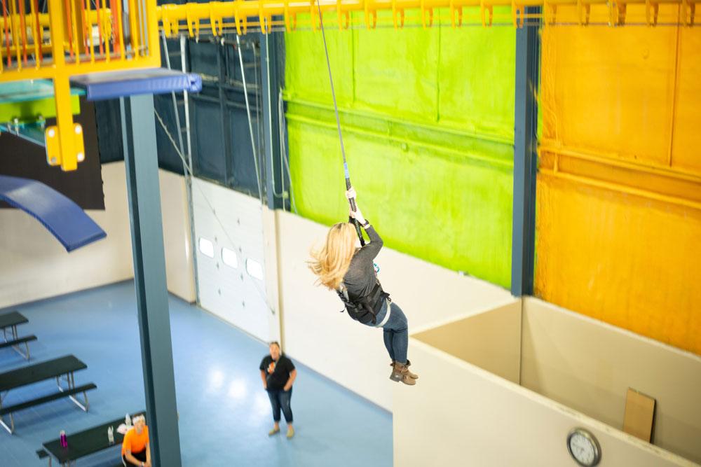 QUICKjump_faraway_jumping_landing_woman5.jpg